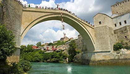 První místo v žebříčku Trivago obsadil Mostar v Bosně a Hercegovině, kam jezdí turisté obdivovat zejména Starý most.